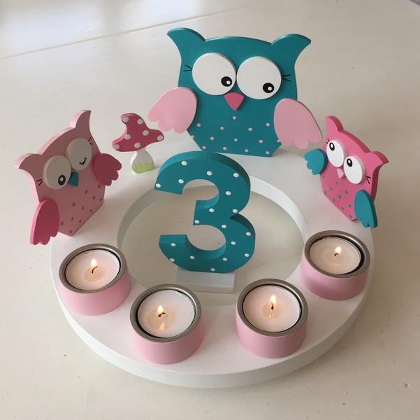 Geburtstags-Kerzenkranz mit Eulenfamilie und Geburtstagszahl