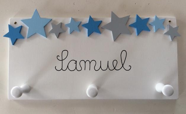 Kindergarderobe mit Sternen