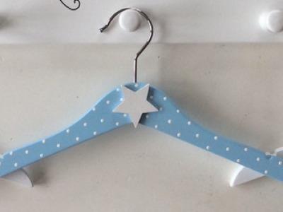 Kinder Kleiderbügel mit Stern oder Fliegenpilz