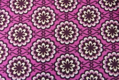 CHROMATICS retro Blumen Stoff lila