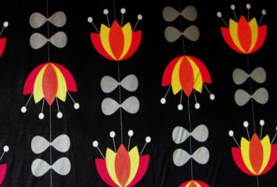 retro TULIP Stoff schwarz Blumen