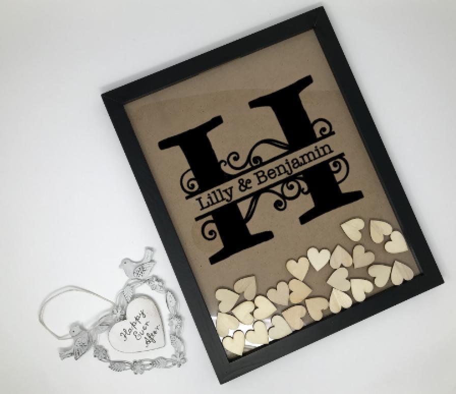 Gästebuch Alternative personalisierter Rahmen mit 130 Herzen ...