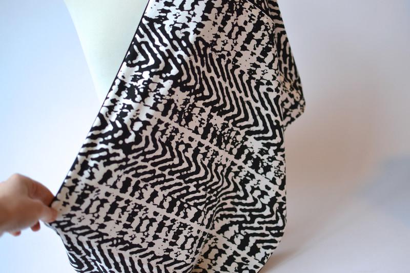 Stillschal schwarz weiß 3