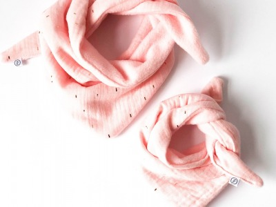 Halstuch für Babys und Neugeborene Rosé