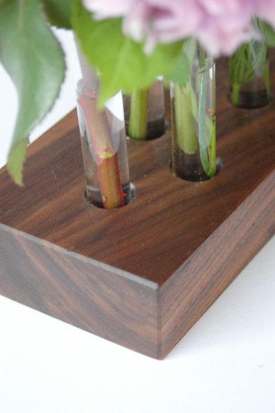 Vase aus Nussbaum 8 3