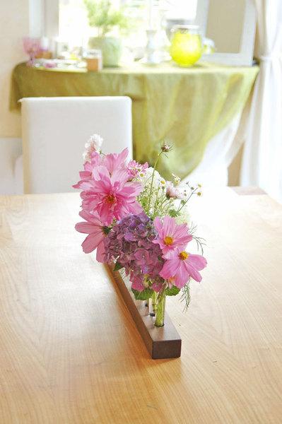 Blumenvase in Nuss Blumenwiese Reagenzglasvase 4