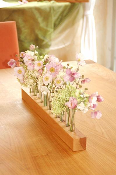 Vase aus Holz, Blumenwiese, Blumenvase aus Kirsche
