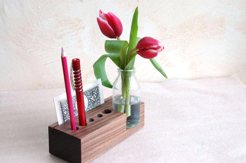 2 Stifthalter mit Vase und Kartenhalter - 2