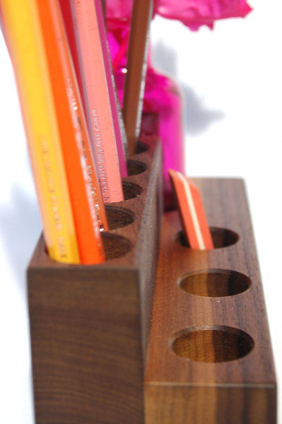 Stifthalter Kosmetikständer mit Vase in Nuss