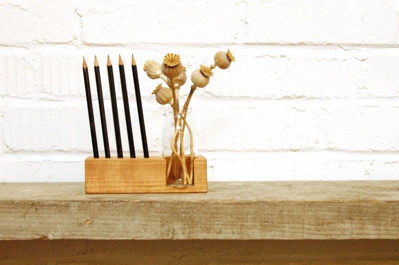 2 Stifthalter mit Vase und Kartenhalter - 1