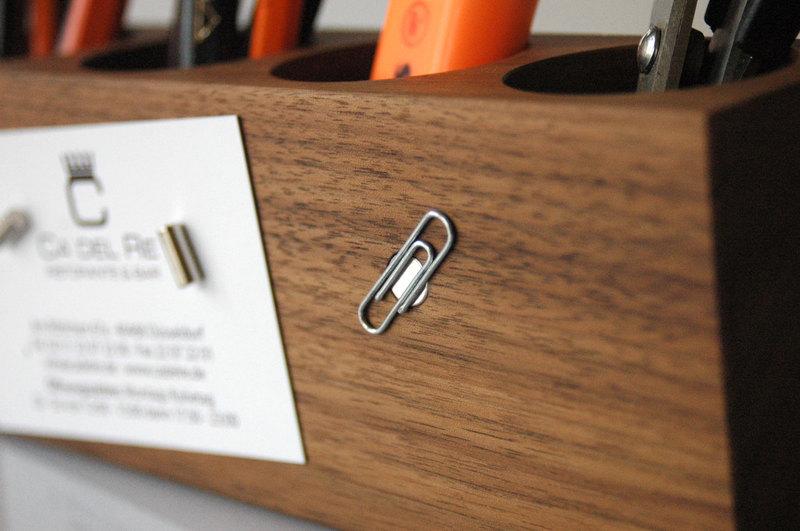8 Stifthalter mit magnetischem Zettelhalter 2
