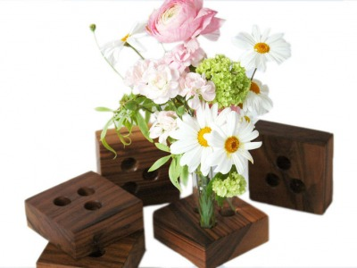 18 Vase für den Hochzeitstisch aus Nuss