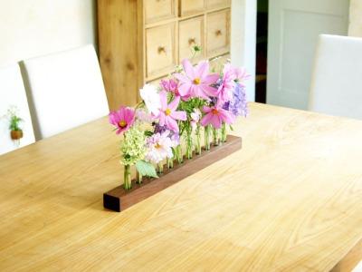 Blumenvase in Nuss Blumenwiese Reagenzglasvase