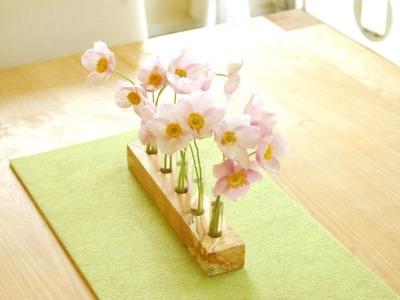Blumenwiese, Vase mit Reagenzgläsern, Blumenvase