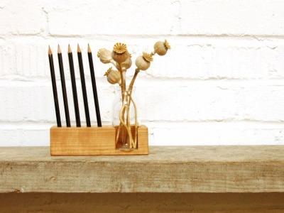 2 Stifthalter mit Vase und Kartenhalter Kirsche