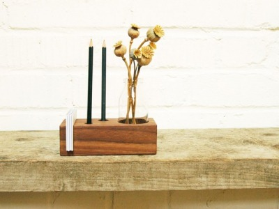 3 Stifthalter mit Vase Zettelhalter in Nuss