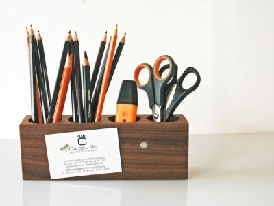 8 Stifthalter mit magnetischem Zettelhalter