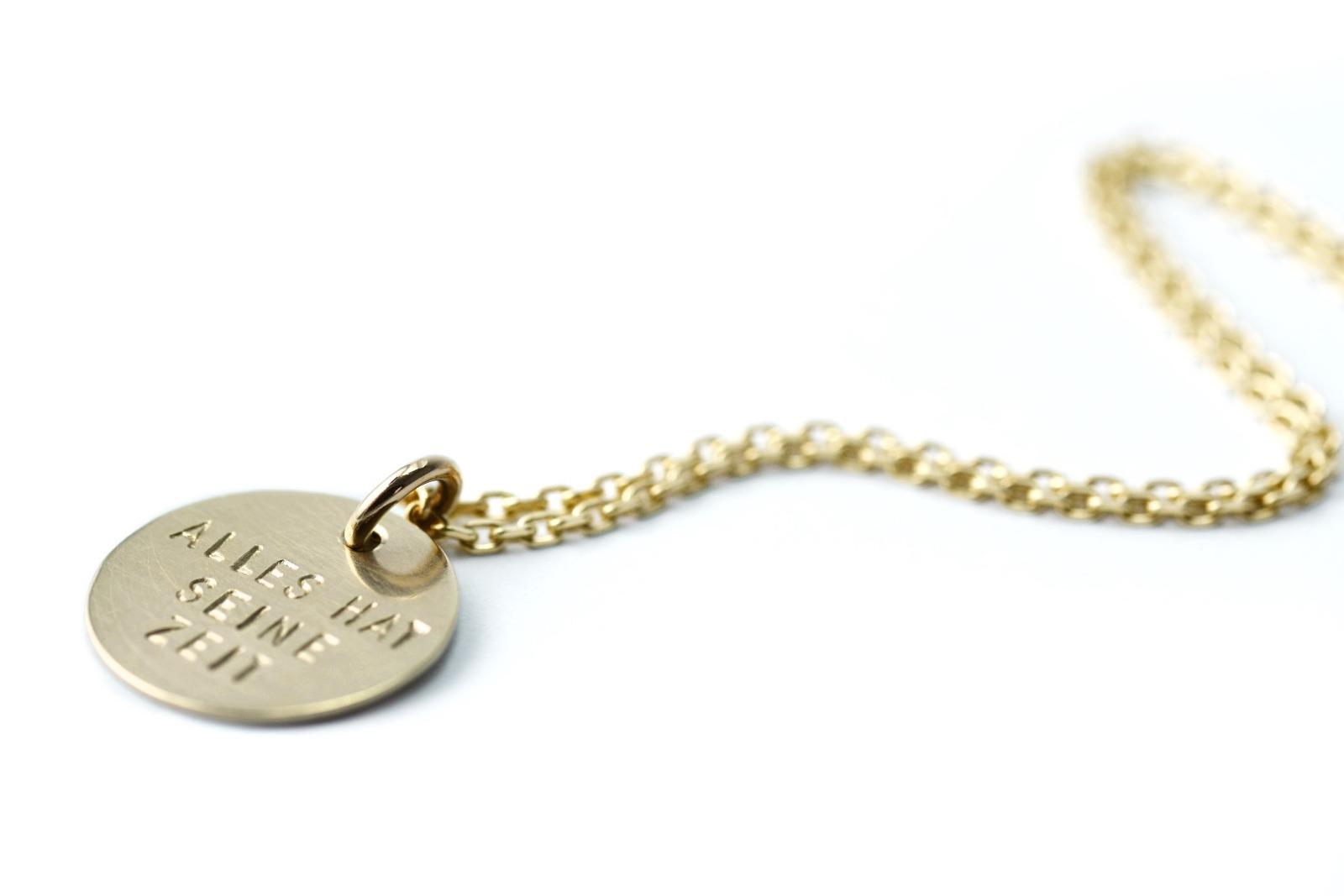 FamilyCharm - Anhaenger und Kette CLASSIC GOLD