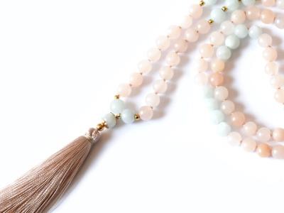 CLEAR HARMONY Perlen-Mala peachfarbene Jade mintfarbener