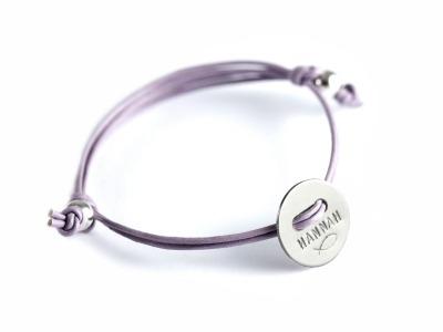 FamilyCharm Button - Namens- Geburts- Spruchband - Indivdualisierbares Armband 925er Silber mit handgestempeltem Text Daten und Symbolen