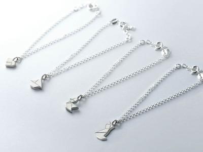 Zartes Tangram Armband MIEZE, HERZCHEN, VÖGELCHEN, SCHIFFCHEN, 935 Silber - Silberarmband mit Anhänger in verschiedenen Motiven