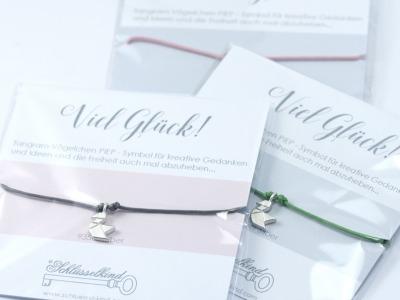VOeGELCHEN - Tangram Kette oder Armband 935 Silber auf Wunsch vergoldet - Symbol fuer kreative Gedanken und Ideen und die Freiheit auch mal abzuheben ein wunderbares Geschenk fuer einen lieben oder geliebten Menschen.