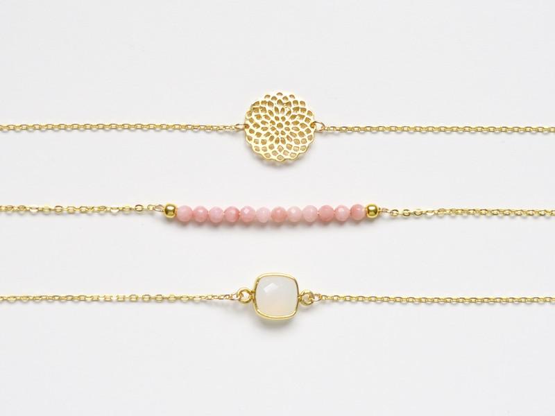 So zart Pink Coral Armband vergoldet