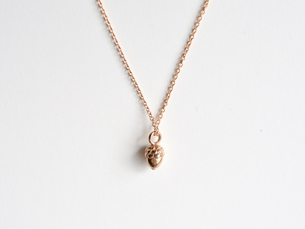 New in Tiny Acorn Kette ros vergoldet