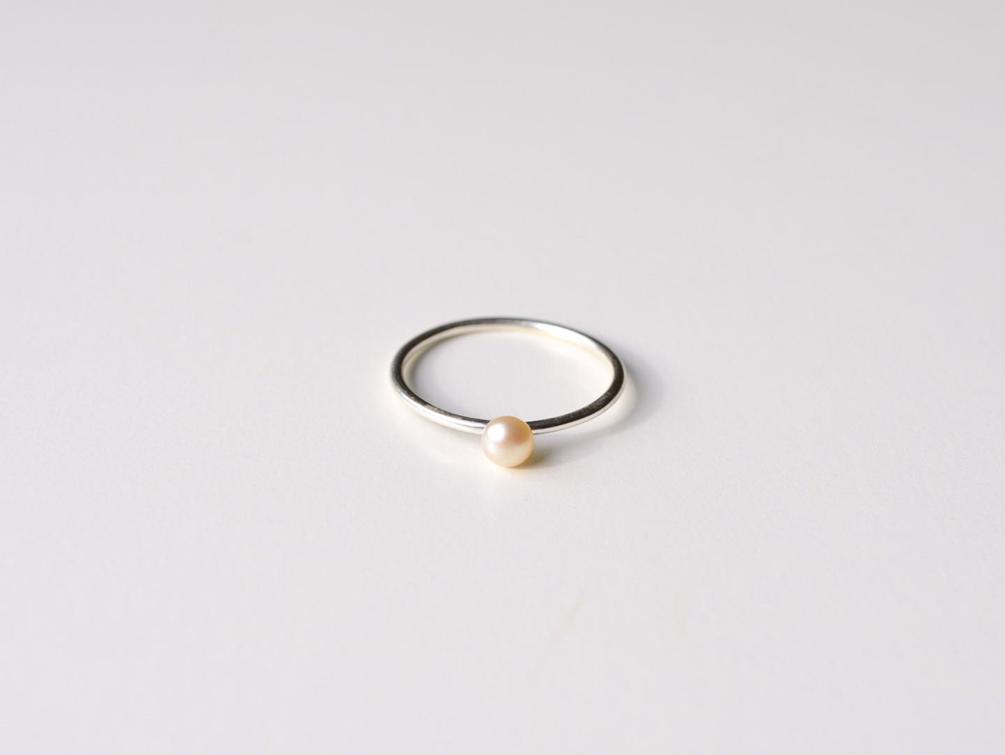 Zarter Ring Pearl silber