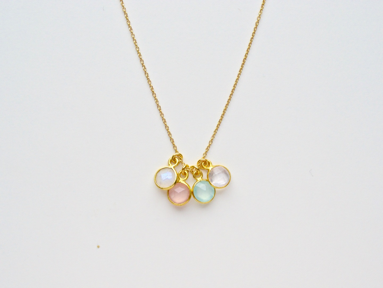 Tiny Gems Mondstein Kette vergoldet