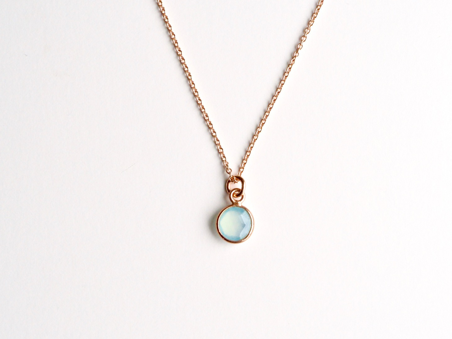Tiny Gems Aqua Chalcedon Kette vergoldet