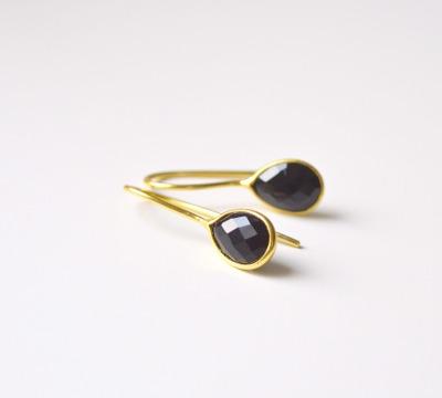 Feminin Zarte Onyx Ohrringe vergoldet - 925 Sterling Silber