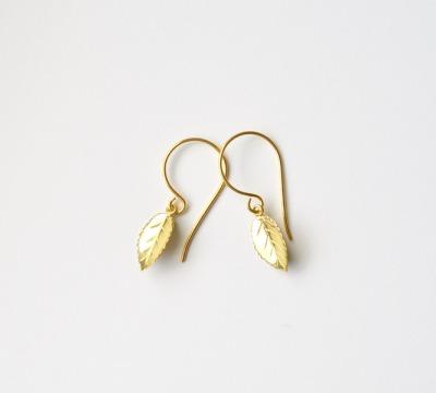 Herbstliebe Zarte Ohrringe Leaves vergoldet - 925 Sterling Silber