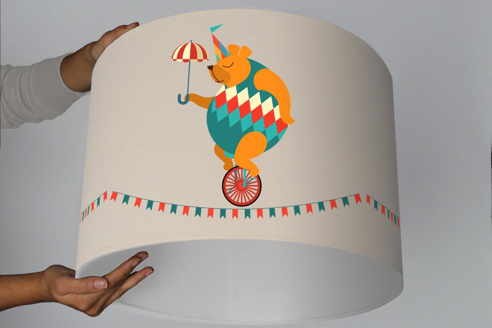 Kinderzimmer Lampe Lampenschirm Bär Zirkus beige