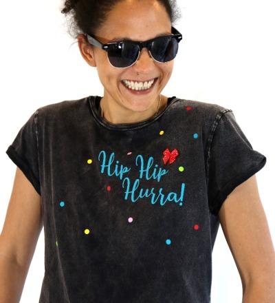 T-Shirt Hip Hip Hurra - schwarz bunt