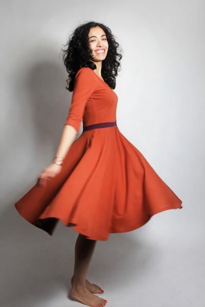 Organic dress Vrida rust/ aubergine 2