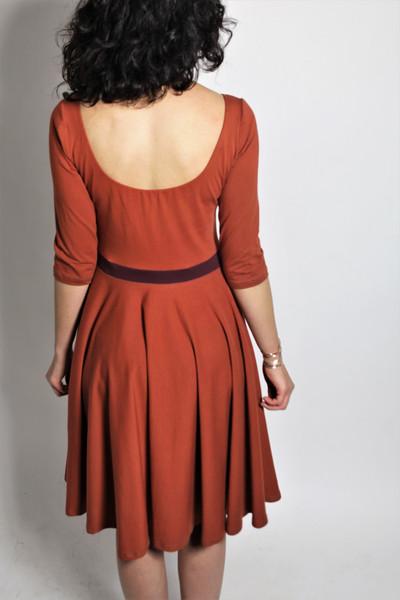 Organic dress Vrida rust/ aubergine 3