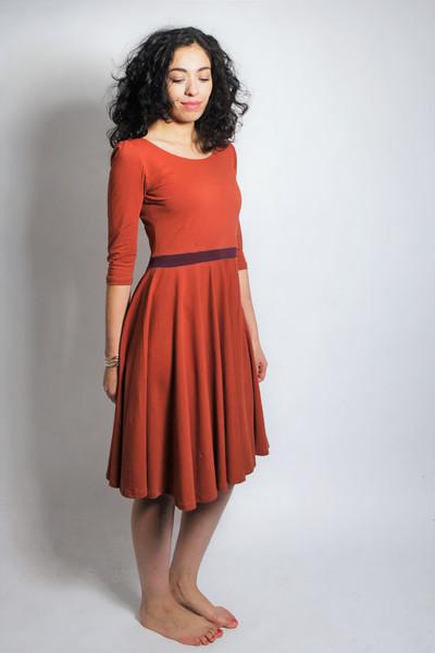 Organic dress Vrida rust/ aubergine 4