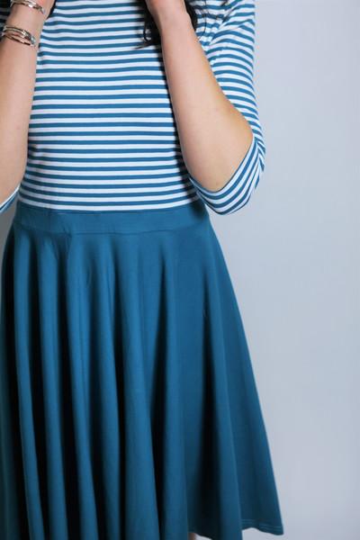 Bio Kleid Vrida petrol / Streifen