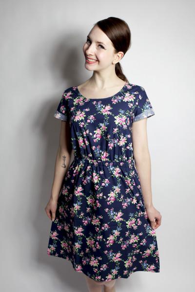 Bio Kleid Somrig Blumenranken blau - 1
