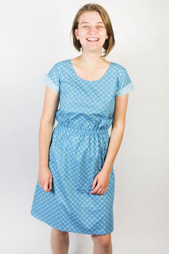 Bio Kleid Somrig Blumen lichtblau 2