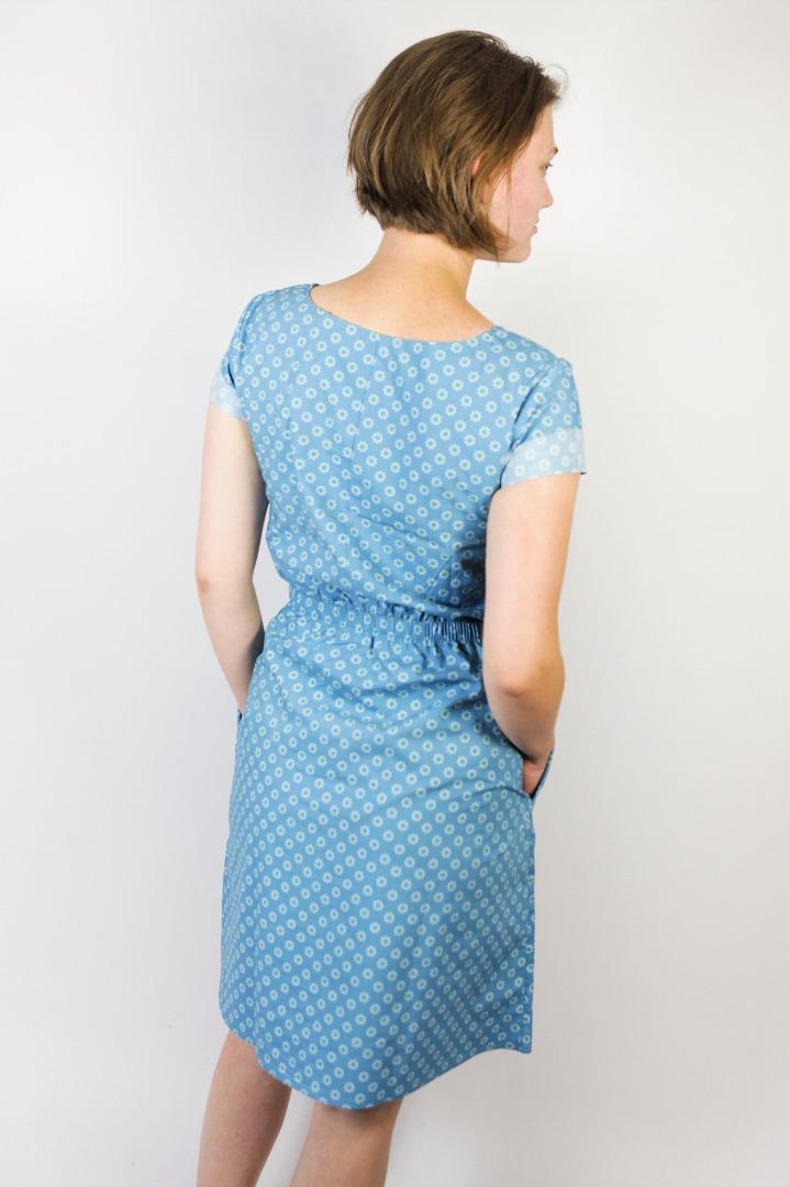 Bio Kleid Somrig Blumen lichtblau 3