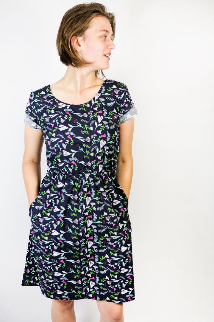 Bio Kleid Somrig Blumenstrauß blau 2