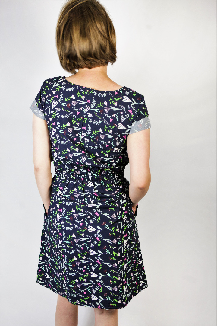 Bio Kleid Somrig Blumenstrauß blau 4