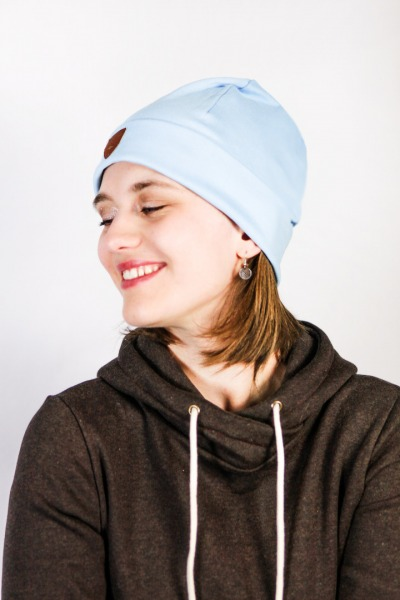 Organic beanie hat Basel light blue