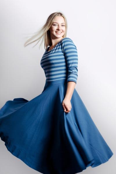 Bio Kleid Vrida rauchblau graue Streifen
