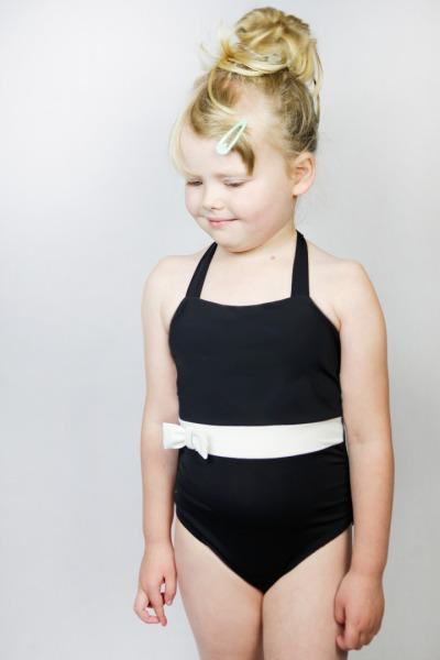 Recycling Badeanzug Bowje Petite schwarz /weiß