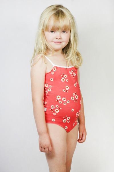Organic swimsuit Madri Petite daisy choral