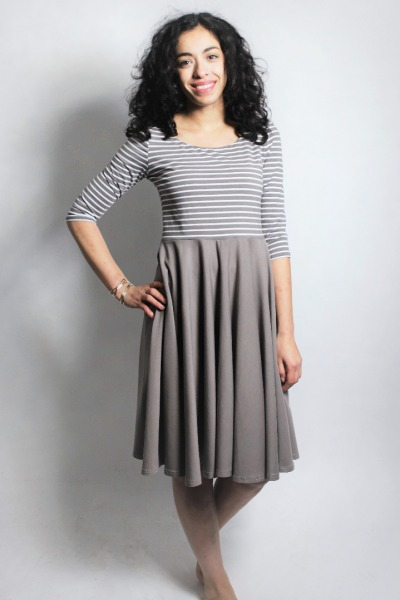 Organic dress Vrida taupe / stripes