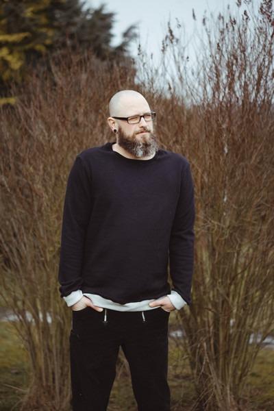 Bio Sweater Heada schwarz / Bündchen hgrau
